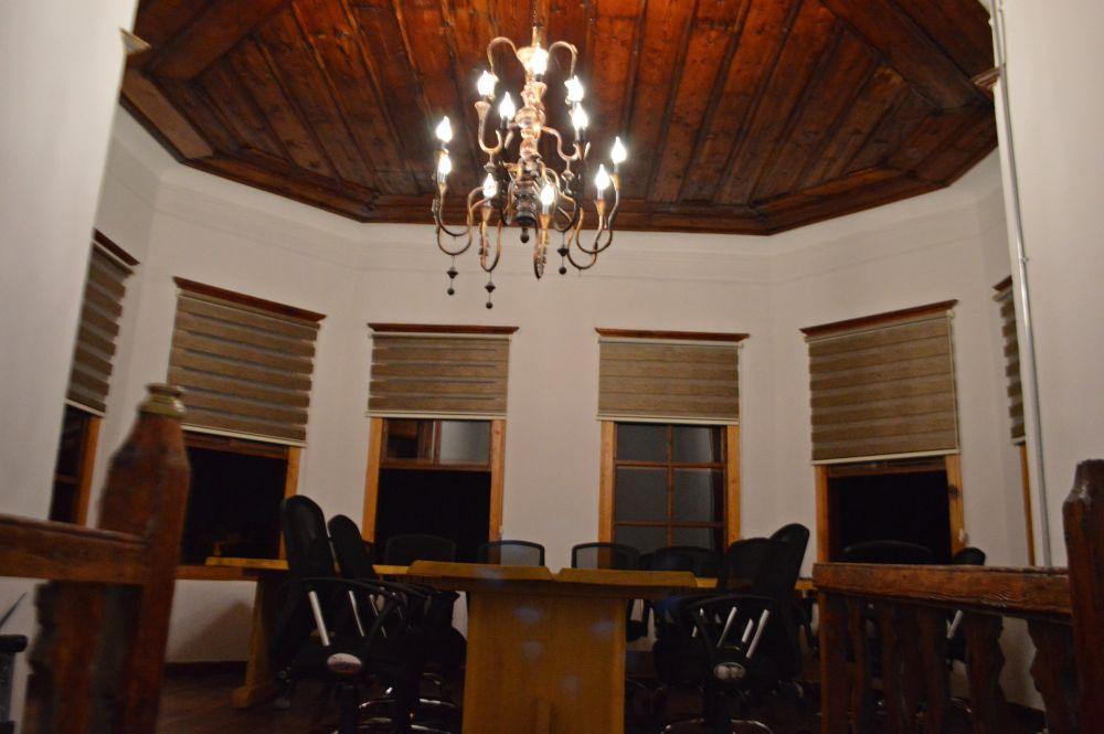 toplantı odası-gece